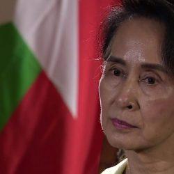 جيش ميانمار يحذر الحكومة من تعديل دستور البلاد