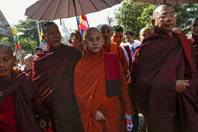 لماذا يذبحونهم؟.. البوذية والسيف