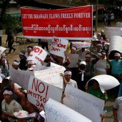 مصرع 3 أشخاص واحتجاز 50 جراء انهيار بمنجم في ميانمار