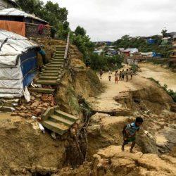 نزوح الآلاف من لاجئي الروهنغيا في بنغلادش جراء انزلاقات التربة والأمطار