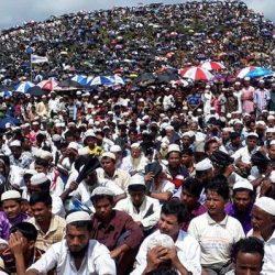 بنغلادش تحظر على مسلمي أراكان استخدام الهواتف النقالة