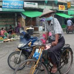 بنغلادش تعيد خدمات الانترنت إلى مخيمات الروهنغيا بعد انقطاع دام سنة