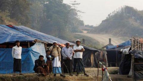 بنغلادش تضع 15 ألف من الروهنغيا في الحجر بسبب كورونا