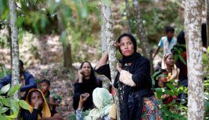 الآلاف يفرون في غرب ميانمار والجيش يخطط لعمليات جديدة