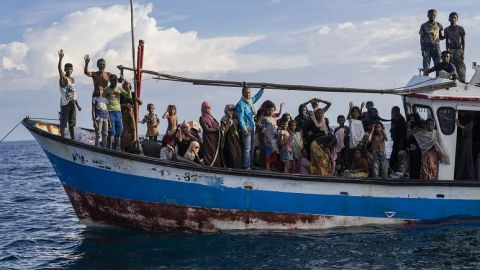 الناجون الروهنغيا في اندونيسيا يروون تفاصيل رحلتهم المرعبة