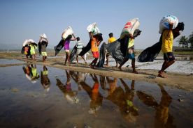 بنغلادش ترفض نقل الروهنغيا من الجزيرة النائية