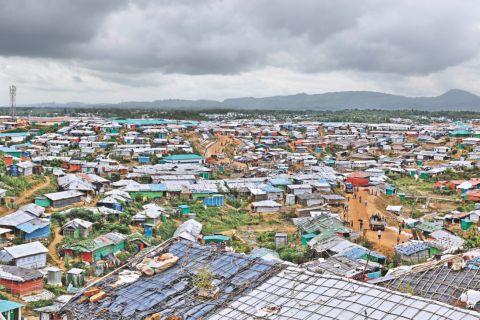 تحذيرات من تفشي فيروس كورونا في مخيمات الروهنيغا ببنغلادش